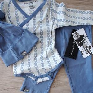 Baby boy onesie set NWT (hat,onesie +pants)